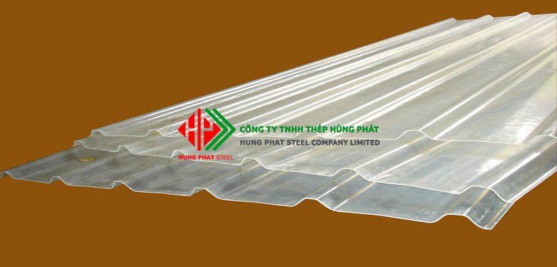 Đặc điểm nổi bật tôn nhựa lấy sáng sợi thủy tinh